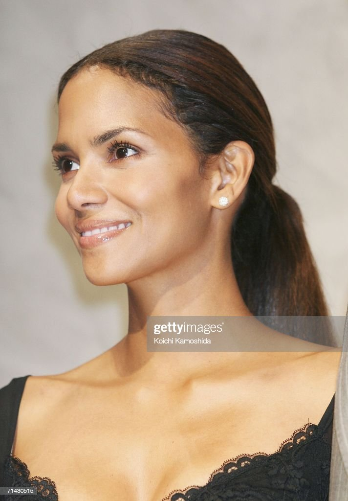 Actress Halle Berry attends a press conference for the premiere of the movie 'X-Men: The Last Stand' on July 13, 2006 in Tokyo, Japan. The film will open in Japan in September.