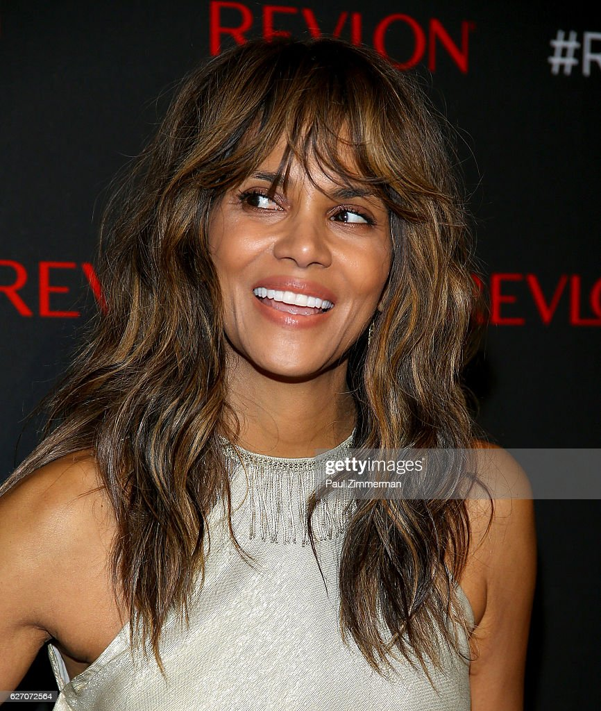 Actress Halle Berry attends Revlon's 2nd Annual Love Is On Million Dollar Challenge Finale Party at The Glasshouses on December 1, 2016 in New York City.
