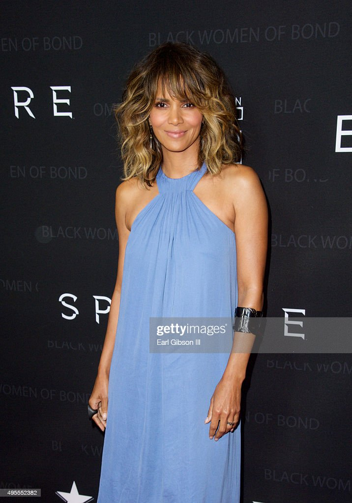 """Spectre"" - The Black Women Of Bond Tribute - Arrivals"