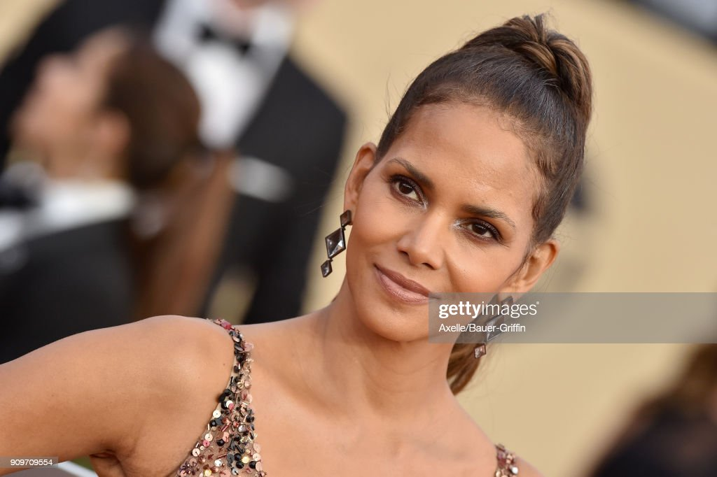 Actress Halle Berry attends the 24th Annual Screen Actors Guild Awards at The Shrine Auditorium on January 21, 2018 in Los Angeles, California.