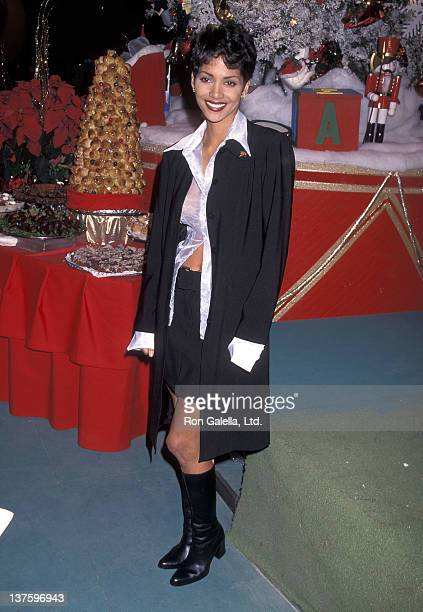 Actress Halle Berry attends the 64th Annual Hollywood Christmas Parade on December 3, 1995 at KTLA Studios in Hollywood, California.