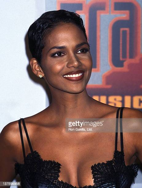 Actress Halle Berry attends the Ninth Annual Soul Train Music Awards on March 13 1995 at Shrine Auditorium in Los Angeles California
