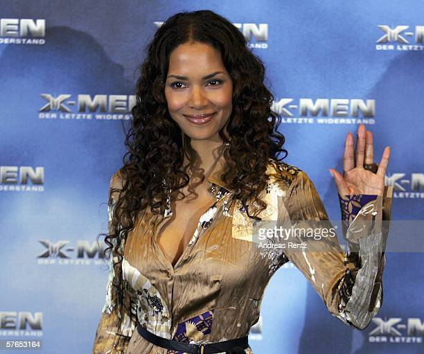 """Actress Halle Berry attends the photocall for the latest X-Men movie, """"X-Men: The Last Stand"""" at the Marriott Hotel on May 19, 2006 in Berlin,..."""