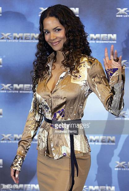 Actress Halle Berry attends the photocall for the latest XMen movie XMen The Last Stand at the Marriott Hotel on May 19 2006 in Berlin Germany