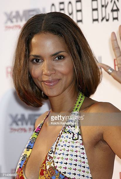 """Actress Halle Berry attends the premiere of the movie """"X-Men: The Last Stand"""" on July 14, 2006 in Tokyo, Japan. The film will open in Japan in..."""