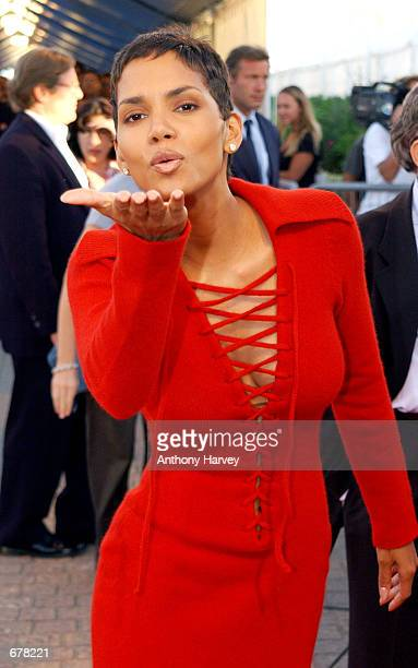 Actress Halle Berry poses at the premiere of Swordfish September 1 2001 at the Deauville Festival of American Cinema in Deauville France