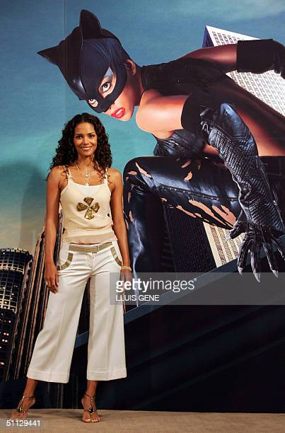 Catwoman Halle Berry Pictures And Photos