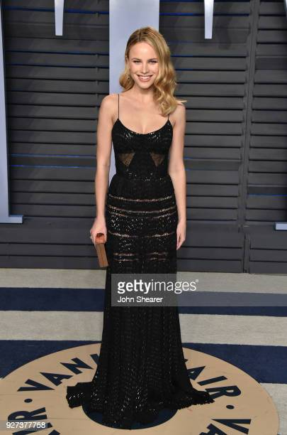 Actress Halston Sage attends the 2018 Vanity Fair Oscar Party hosted by Radhika Jones at Wallis Annenberg Center for the Performing Arts on March 4...