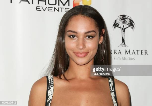 Actress Hannah Gottesman attends the premiere for MindGamers One Thousand Minds Connected Live at Regal LA Live Stadium 14 on March 28 2017 in Los...