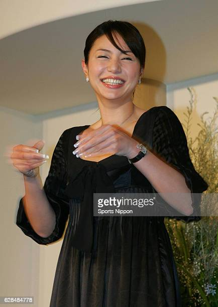 Actress Haruka Igawa attends press conference to announce her marriage on November 26 2006 in Tokyo Japan