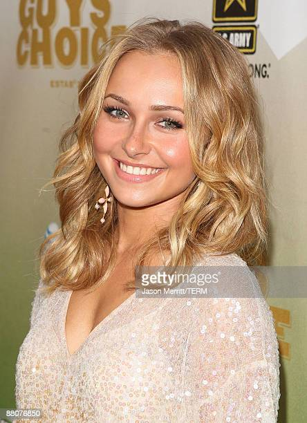 Actress Hayden Panettiere arrives at Spike TV's 2009 ''Guys Choice Awards'' held at the Sony Studios on May 30 2009 in Los Angeles California