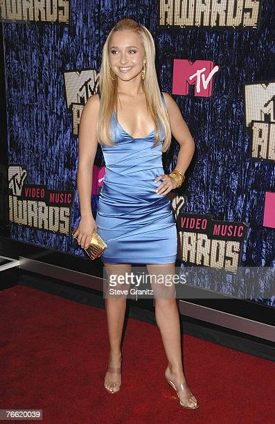 Actress Hayden Panettiere arrives at the 2007 Video Music Awards at the Palms Casino Resort on August 9, 2007 in Las Vegas, Nevada.