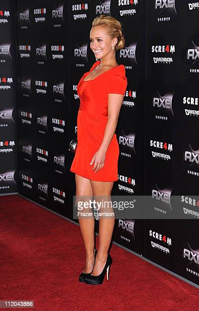 Actress Hayden Panettiere arrives at the premiere of the Weinstein Company's 'Scream 4' Presented by AXE Shower at Grauman's Chinese Theatre on April...