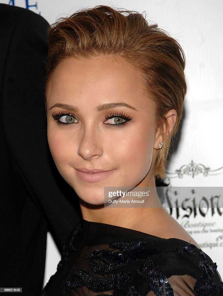 Actress Hayden Panettiere attends Global Home Tree event celebrating the 40th Anniversary of Earth Day at JW Marriott Los Angeles at L.A. LIVE on April 22, 2010 in Los Angeles, California.
