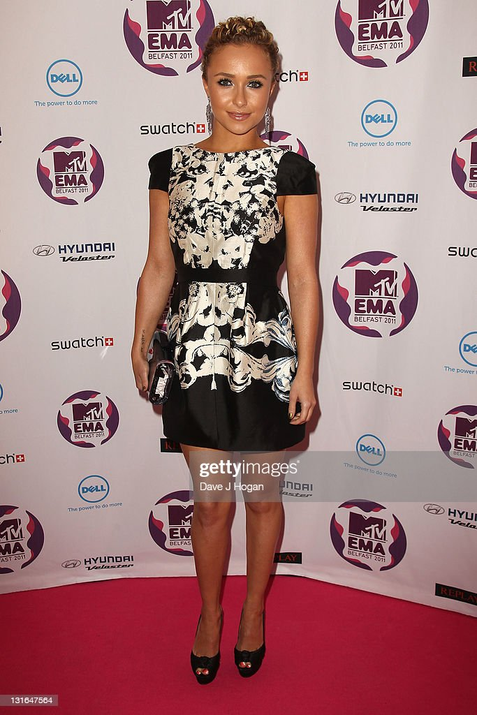 Actress Hayden Panettiere attends the MTV Europe Music Awards 2011 at the Odyssey Arena on November 6, 2011 in Belfast, Northern Ireland.