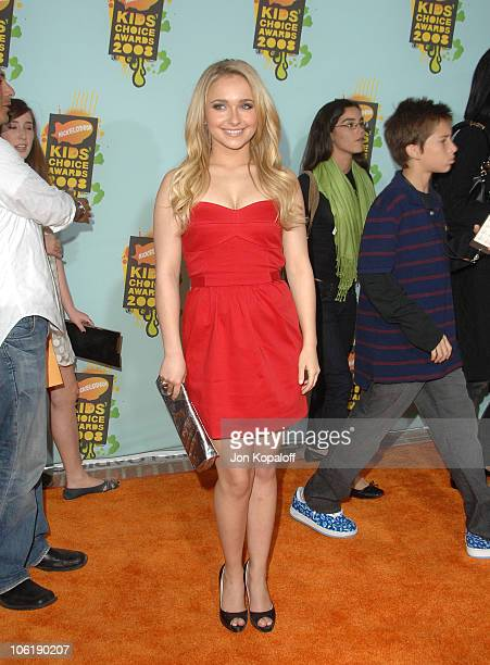 Actress Hayden Panettierre arrives at Nickelodeon's 2008 Kids' Choice Awards at the Pauley Pavilion on March 29 2008 in Los Angeles California