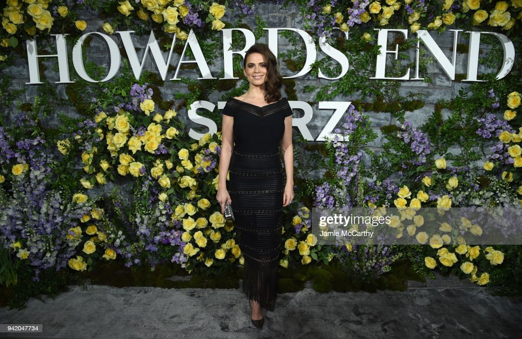 "New York Red Carpet Premiere Screening Event Of STARZ ""Howards End"" : News Photo"
