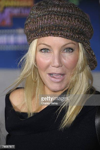 Actress Heather Locklear arrives at the Disney premiere of Hannah Montana and Miley Cyrus held at the El Capitan Theatre on January 17 2008 in...