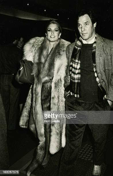 Actress Heather Thomas and Granger Hines being photographed on February 16 1985 at the New York Hilton Hotel in New York City New York