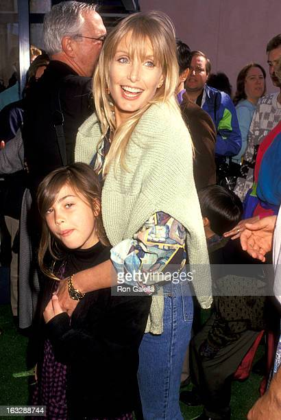 Actress Heather Thomas and Shauna Brittenham attend the Teenage Mutant Ninja Turtles II The Secret of the Ooze Universal City Premiere on March 17...