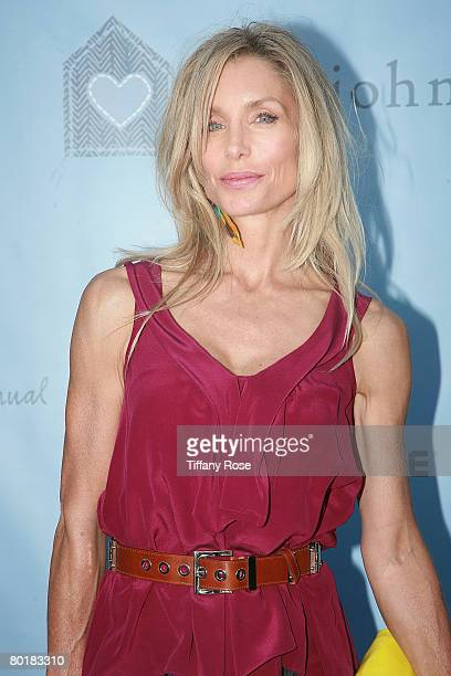 Actress Heather Thomas arrives at The John Varvatos 6th Annual Stuart House Benefit on March 9 2008 at the John Varvatos Boutique in West Hollywood...