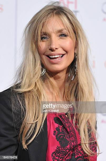 Actress Heather Thomas arrives at the Los Angeles Premiere Precious Based On The Novel Push By Sapphire at Grauman's Chinese Theatre on November 1...