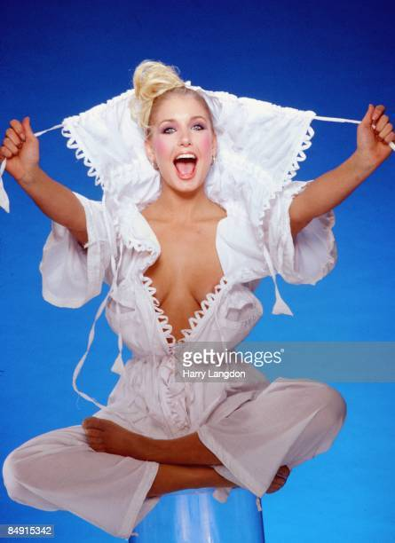 Actress Heather Thomas poses for a portrait circa 1985 in Los Angeles California