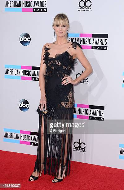 Actress Heidi Klum arrives at the 2013 American Music Awards at Nokia Theatre L.A. Live on November 24, 2013 in Los Angeles, California.
