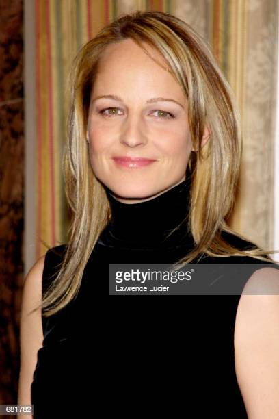 Actress Helen Hunt attends the 11th annual A Magical Evening gala November 13 2001 at the WaldorfAstoria in New York City The benefit raises funds...