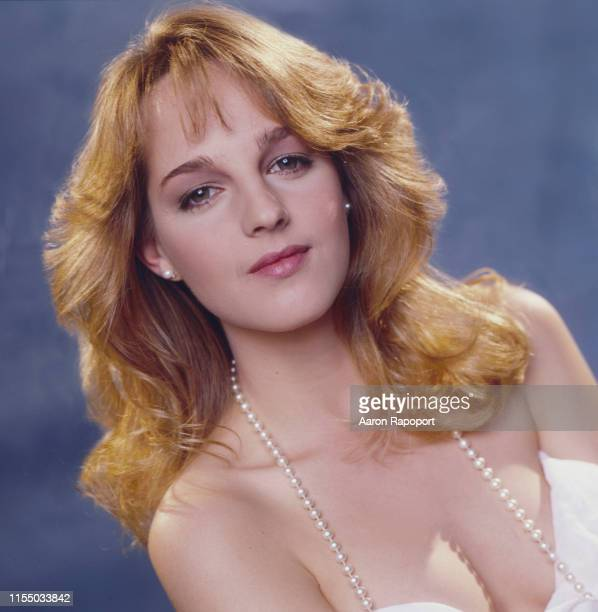 Actress Helen Hunt poses for a portrait in October 1983 in Los Angeles California