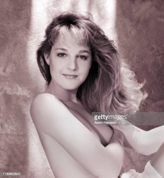 Actress Helen Hunt poses for a portrait session in December 1986 in Los Angeles California