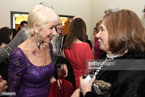 Actress Helen Mirren left speaks with Teresa Heinz Kerry as they attend the Bloomberg cocktail party before the White House Correspondents'...