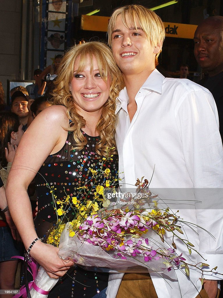 Hollywood Premiere Of The Lizzie McGuire Movie : News Photo