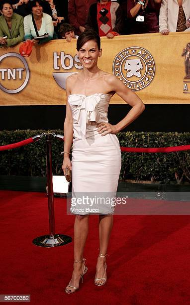 Actress Hilary Swank arrives at the 12th Annual Screen Actors Guild Awards held at the Shrine Auditorium on January 29, 2006 in Los Angeles,...