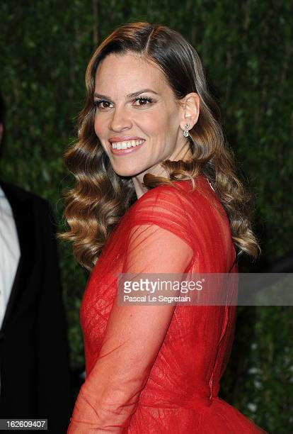 Actress Hilary Swank arrives at the 2013 Vanity Fair Oscar Party hosted by Graydon Carter at Sunset Tower on February 24 2013 in West Hollywood...