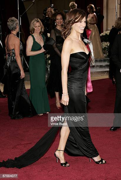 Actress Hilary Swank arrives at the 78th Annual Academy Awards at the Kodak Theatre on March 5 2006 in Hollywood California