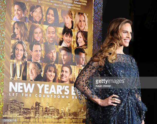 Actress Hilary Swank arrives at the premiere of Warner Bros Pictures' 'New Year's Eve' at Grauman's Chinese Theatre on December 5 2011 in Hollywood...