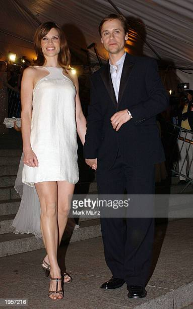 Actress Hilary Swank arrives with her husband actor Chad Lowe for 'Goddess Costume Institute Benefit Gala' at the Metropolitan Museum of Art April 28...