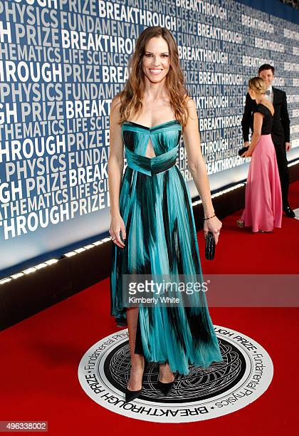 Actress Hilary Swank attends the 2016 Breakthrough Prize Ceremony on November 8 2015 in Mountain View California