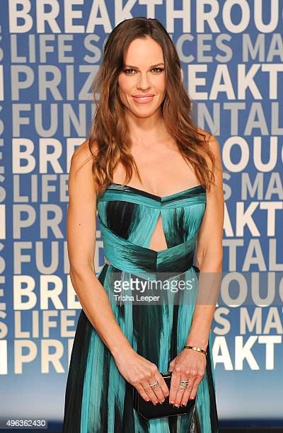 Actress Hilary Swank attends the annual Breakthrough Prize ceremony at NASA Ames Research Center on November 8 2015 in Mountain View California