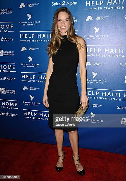 Actress Hilary Swank attends the Cinema for Peace fundraiser for Haiti at Montage Beverly Hills on January 14, 2012 in Beverly Hills, California.