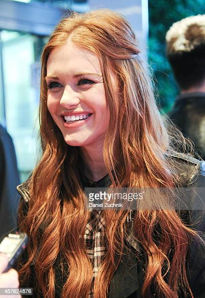 Actress Holland Roden attends the New York Television Festival panel 'Teenage Wasteland Navigating High School With The Next MTV Generation'...