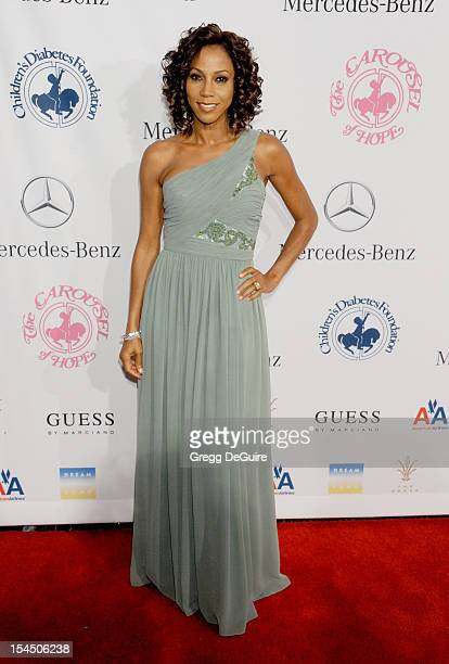 Actress Holly Robinson Peete arrives at the 26th Anniversary Carousel Of Hope Ball presented by MercedesBenz at The Beverly Hilton Hotel on October...