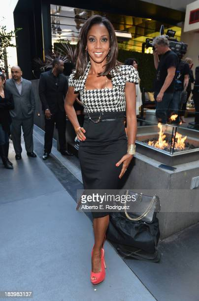 Actress Holly Robinson Peete attends a ceremony honoring Kenny Babyface Edmonds with the 2508th Star on the Hollywood Walk of Fame on October 10 2013...