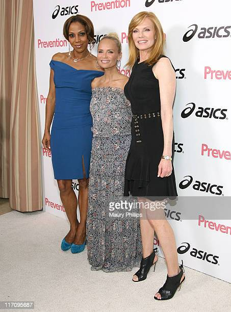 Actress Holly Robinson Peete Kristin Chenoweth and Marg Helgenberger arrive at the 2nd Annual Prevention Honors Hollywood Heroes on June 21 2011 in...