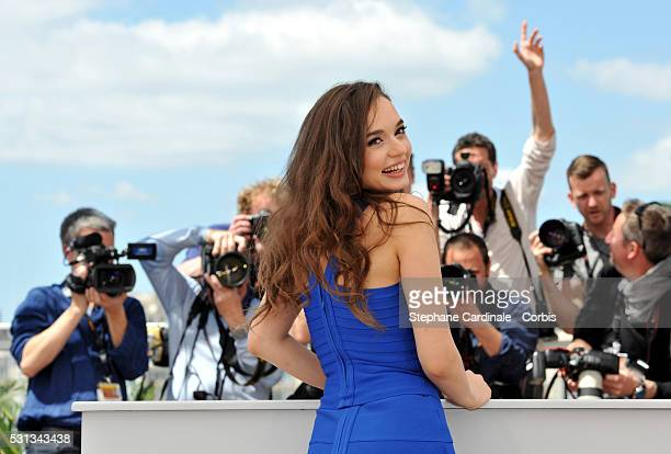 Actress Ingrid Bisu attends the Toni Erdmann photocall during the 69th annual Cannes Film Festival at the Palais des Festivals on May 14 2016 in...