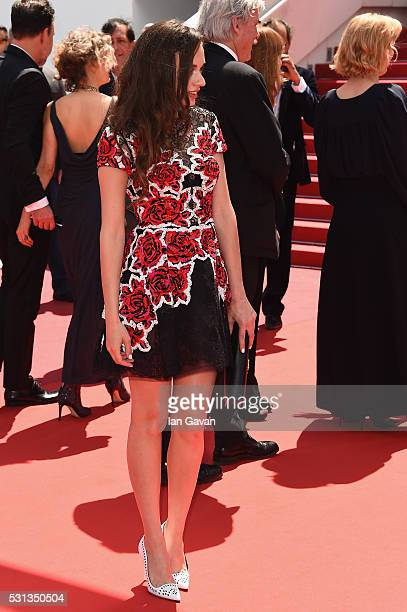 Actress Ingrid Bisu attends the Toni Erdmann premiere during the 69th Annual Cannes Film Festival at the Palais des Festivals on May 14 2016 in...