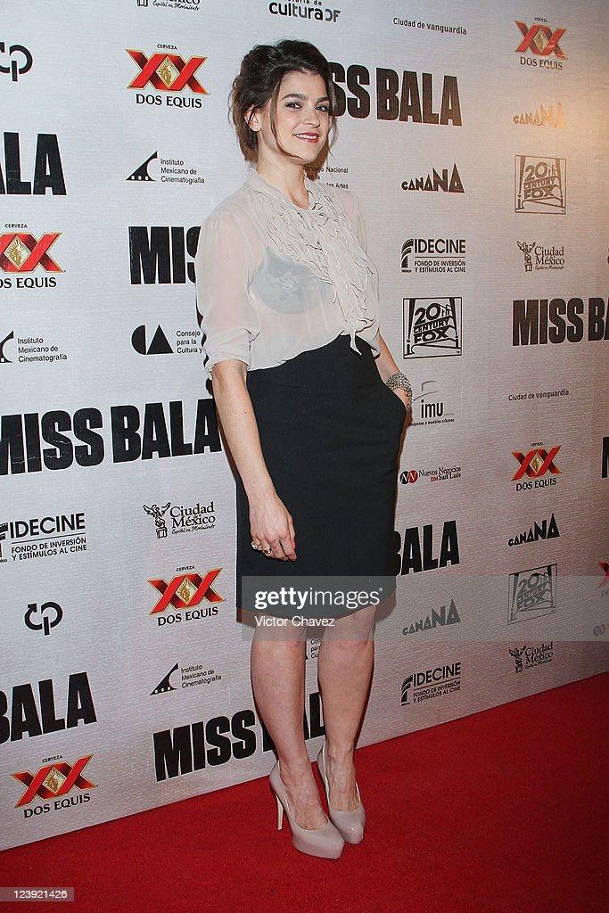 Wallpaper Women Model Long Hair Brunette Legs