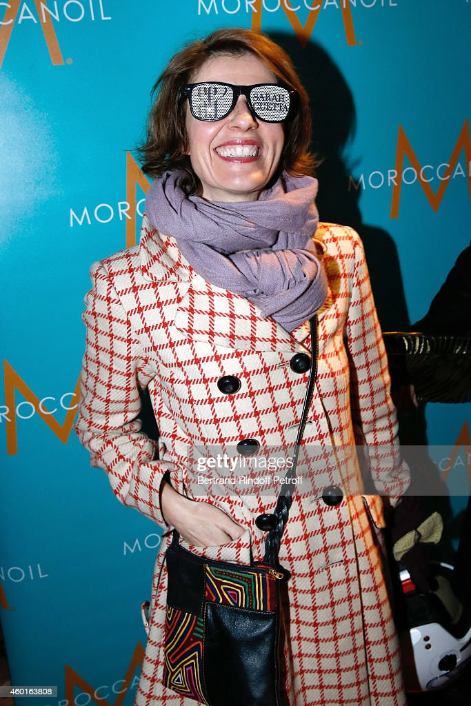 Actress Irene Jacob attends the Sarah Guetta Party in Paris for the first anniversary of the Hairdressing salon Sarah Guetta on December 8, 2014 in Paris, France.