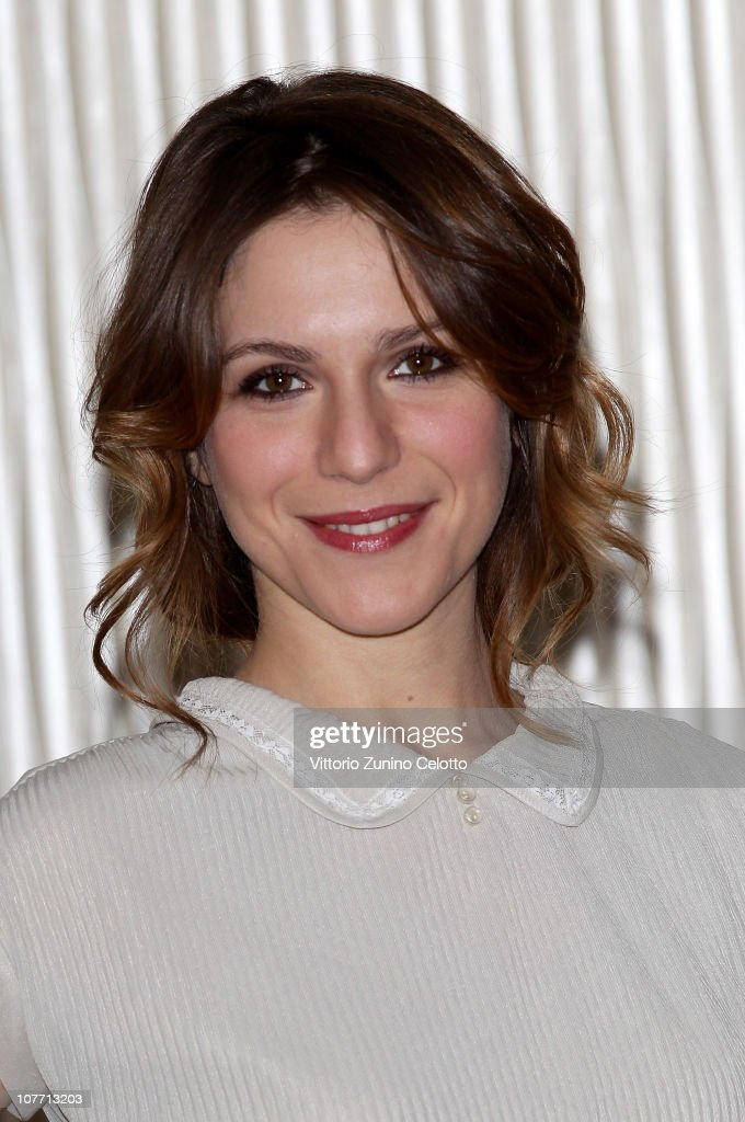 Actress Isabella Ragonese attends the 'Un Altro Mondo' photocall held at Terrazza Martini on December 21, 2010 in Milan, Italy.